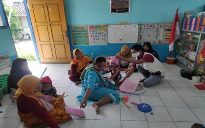 Tim Aku Sehat Bantu Pelayanan Posyandu Balita Di Puskesmas Gayam