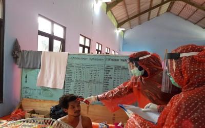 Cegah Covid-19, Mahasiswa Kampus Ungu Profesi Ners Bantu Warga Desa Sumuragung Dalam Percepatan Penanganan Virus Corona