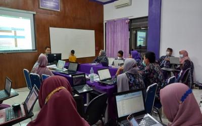 Hari Kedua , Kampus Ungu Adakan Lokakarya SPMI Instansi