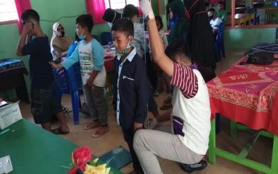 Kegitan BIAS (Bulan Imunisai Anak Sekolah) Oleh Unit Puskesmas Gayam Dan Tim Aku Sehat