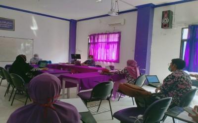 Tetap Produktif, Kampus Ungu Lakukan Rapat Koordinasi Dengan Dosen Prodi Ilmu Keperawatan Denagn Tetap Lakukan Sosial Distancing