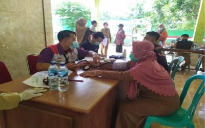 Partisipasi Tim Sahabat Pertamina Dalam Vaksinasi Covid-19 Desa Rahayu