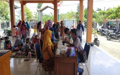 Unit Kesehatan Gayam Dan Tim Aku sehat Laksanakan Kegiatan Rutin Untuk Posyandu Lansia