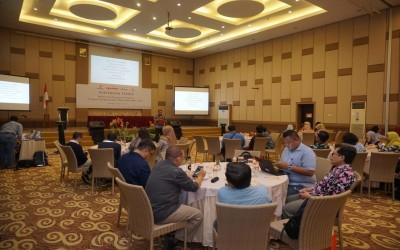 Ketua STIKes Insan Cendekia Husada Bojonegoro Hadiri Pertemuan Teknis EMCL