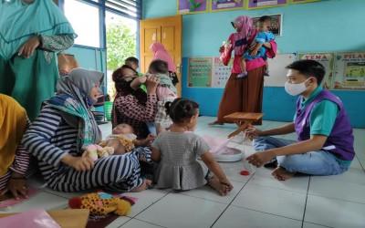 Sinergi Tim Aku Sehat Dan Puskesmas Gayam Dalam Posyandu Balita